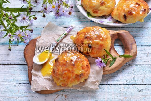 Фото Булочки с изюмом и апельсиновой глазурью