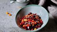 Фото рецепта Салат со свёклой и кукурузой