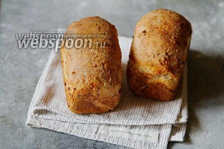 Фото рецепта Хлеб «Три семечки» на закваске по Дж. Хамельману