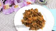 Фото рецепта Стручковая фасоль с пекинской капустой на сковороде