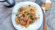 Фото рецепта Фунчоза с грибами и курицей