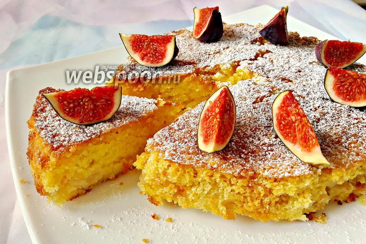 Фото Манник с семолиной и фруктовой начинкой