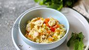 Фото рецепта Кускус с курицей и овощами в духовке
