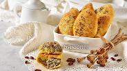 Фото рецепта Пирожки с фасолью и маком