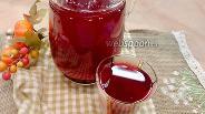 Фото рецепта Компот из вишни, красной смородины и ежевики