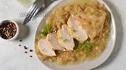 Фото рецепта Курица тушёная в луковом соусе