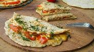 Фото рецепта Овсяноблин с сыром и помидорами