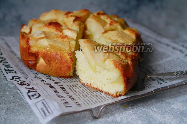 Фото Итальянский деревенский яблочный пирог