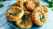 Фото рецепта Сырники с сыром и зеленью в духовке