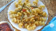 Фото рецепта Сытные макароны с овощами на сковороде