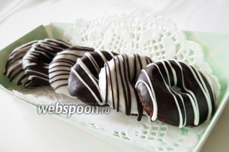 Фото Безглютеновые шоколадные пончики
