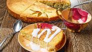 Фото рецепта Манник на кефире с яблоками