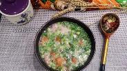 Фото рецепта Окрошка с копчёной курицей и зелёным луком