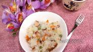 Фото рецепта Рис с горошком, салом и копчёной курицей