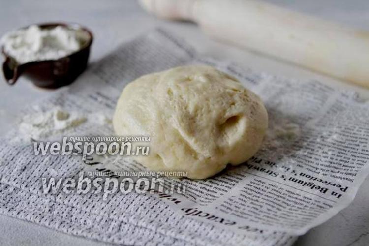 Фото Тесто для пирожков на пшеничной закваске и сливках