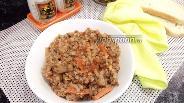 Фото рецепта Гречка с грибами в томатном соусе