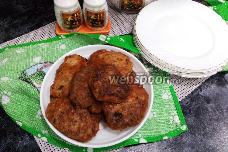 Фото Гречаники с куриным фаршем в томатном соусе