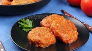 Фото рецепта Постные тефтели из чечевицы в томатном соусе. Видео-рецепт