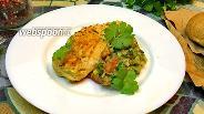 Фото рецепта Куриная грудка с сальсой из авокадо и томатов