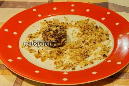 Конфеты из фиников и орехов