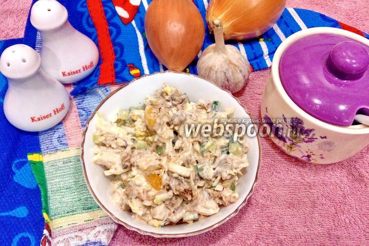 Фото Салат с тунцом и перцем с пекинской капустой