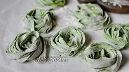 Фото рецепта Домашняя паста со шпинатом