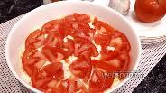 Фото рецепта Слоёный салат с кукурузой и курицей с яйцом и овощами