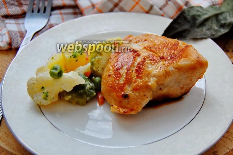 Фото Курица запечённая на овощах