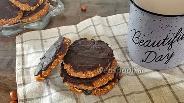 Фото рецепта Арахисовое печенье в шоколадной глазури