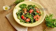 Фото рецепта Салат с маринованной редиской и микрозеленью