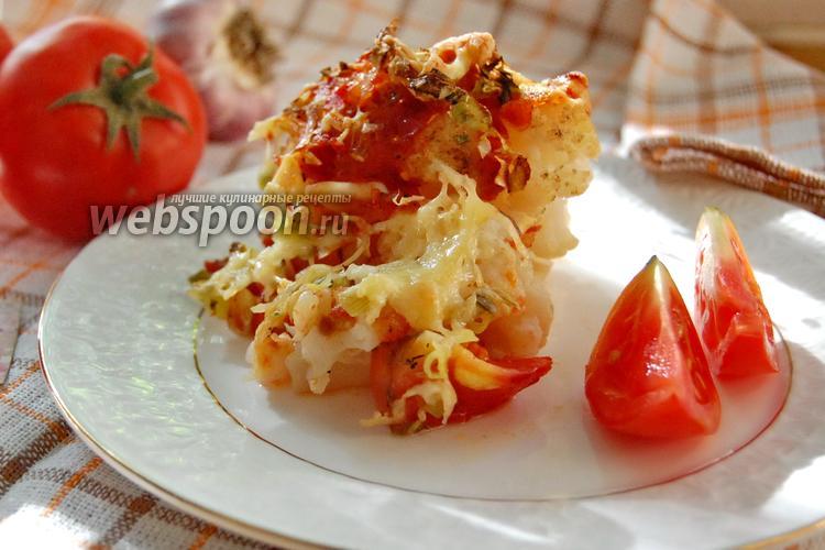 Фото Цветная капуста с помидорами в духовке