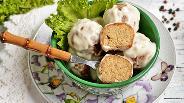 Фото рецепта Грибные крокеты в сметанном соусе