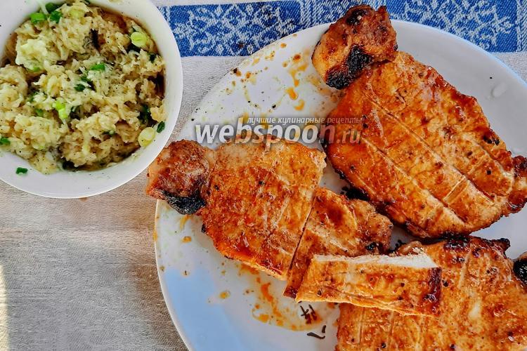 Фото Свинина на решётке с сырно-чесночным соусом