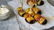 Фото рецепта Рулетики из баклажанов с домашним сыром Лабне