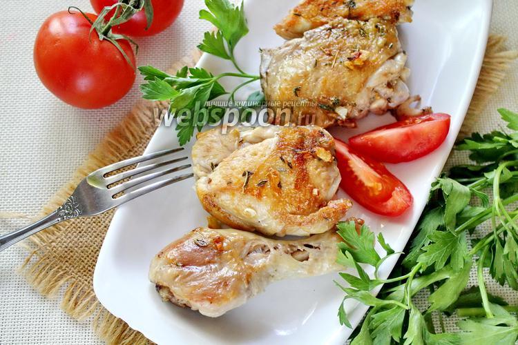Фото Цыплёнок на сковороде под прессом
