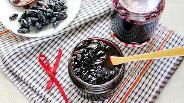 Фото рецепта Варенье из жимолости пятиминутка