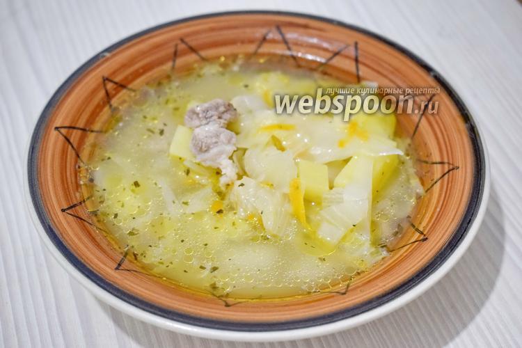 Фото Щи из свежей капусты со свининой в мультиварке