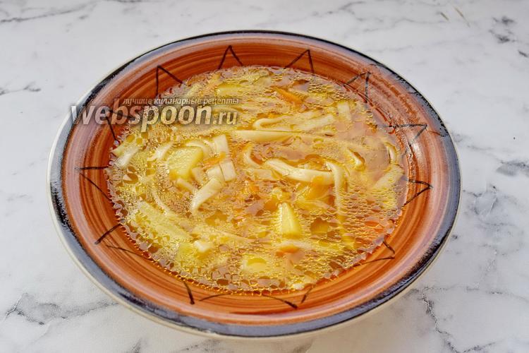 Фото Суп с консервированный фасолью, курицей и лапшой
