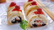 Фото рецепта Блинные роллы с начинкой из творога и сухофруктов