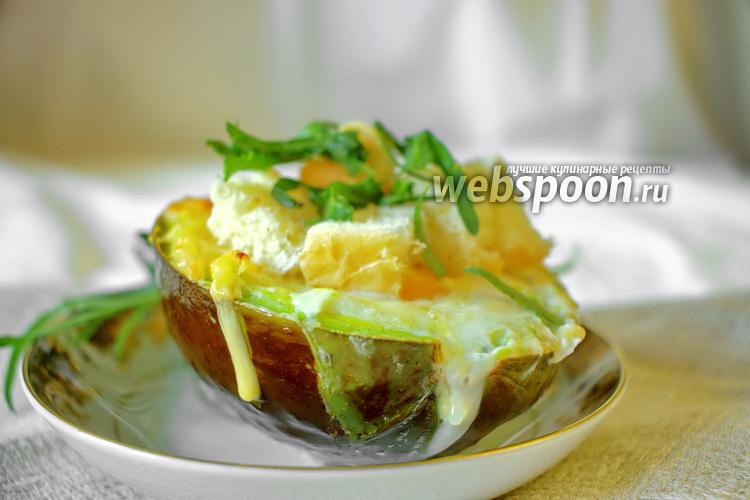 Фото Яичница в авокадо