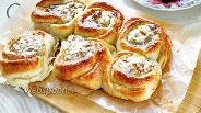 Фото рецепта Дрожжевые булочки «Розочки» с творогом