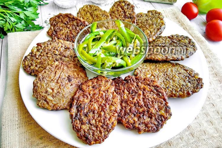 Фото Котлеты из куриной печени с рисом и болгарским перцем