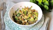 Фото рецепта Салат с киноа и авокадо