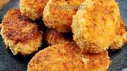 Фото рецепта Куриные котлеты с маслом и сыром. Видео