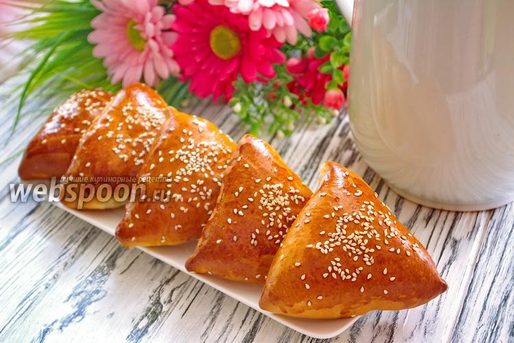 Фото Пирожки с картофелем, шампиньонами и копчёным сыром
