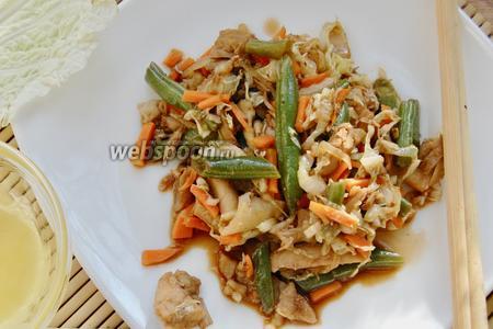 Фото рецепта Стир-фрай из курицы с овощами