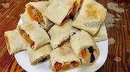 Фото рецепта Рулет из сухофруктов без сахара