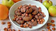Фото рецепта Печенье с какао и фундуком