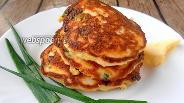 Фото рецепта Оладьи с луком и яйцом с псиллиумом