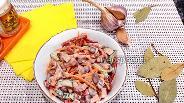 Фото рецепта Пикантный салат с острой морковью по-корейски и варёной колбасой